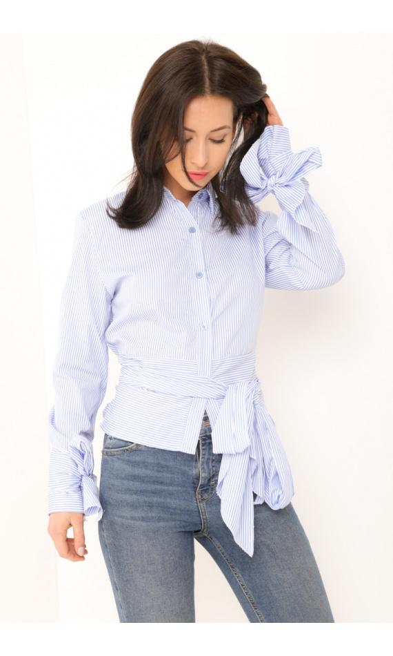 Chemise rayée bleu et blanche, col chic