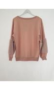 Pink sweatshirt with details fake fur
