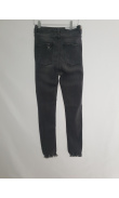 High-waisted grey jeans
