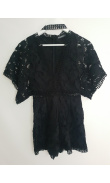 Short black culotte suit of the lace neck wide sleeves