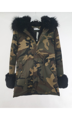 Parka fake fur to printed matter camouflage
